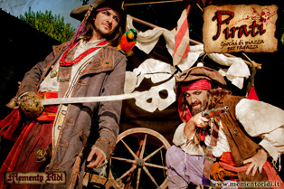 Pirati-Schiuma-Locandina-web